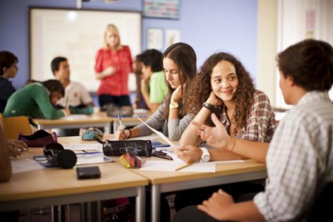 lärare dating student bästa dejtingsajt Phoenix